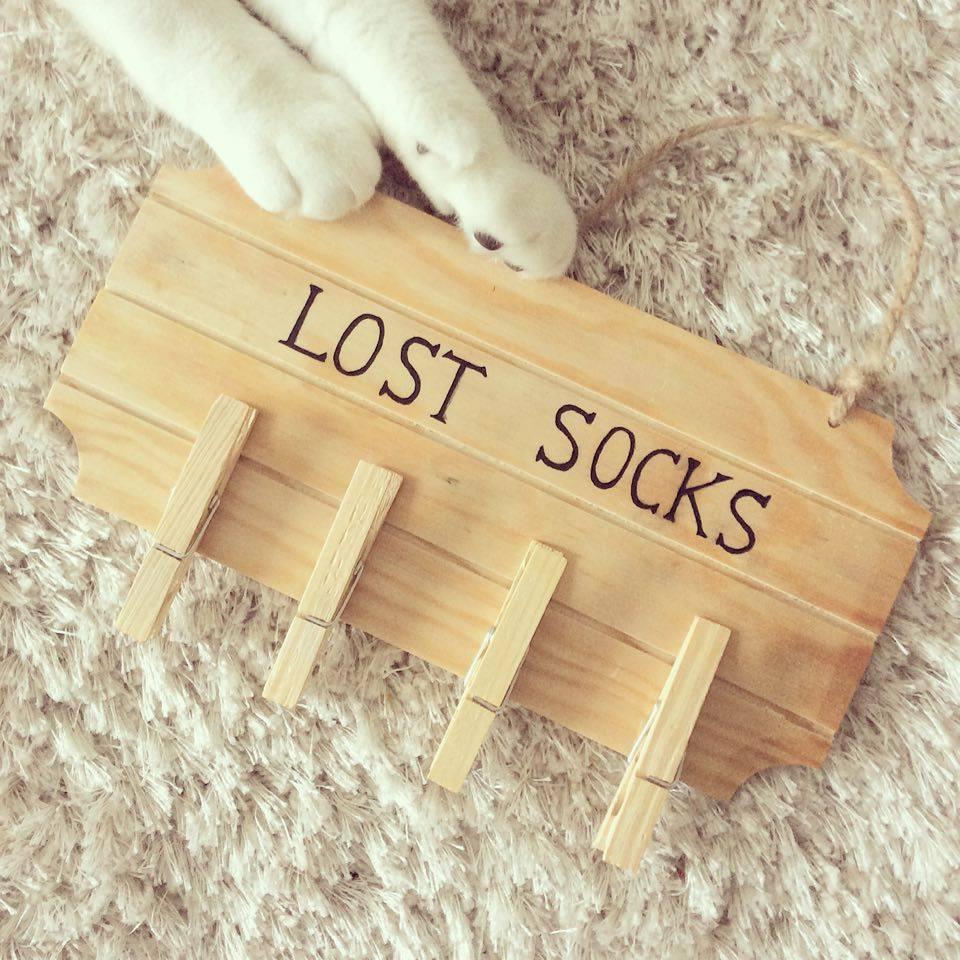 Faire maison : panneau chaussette perdu
