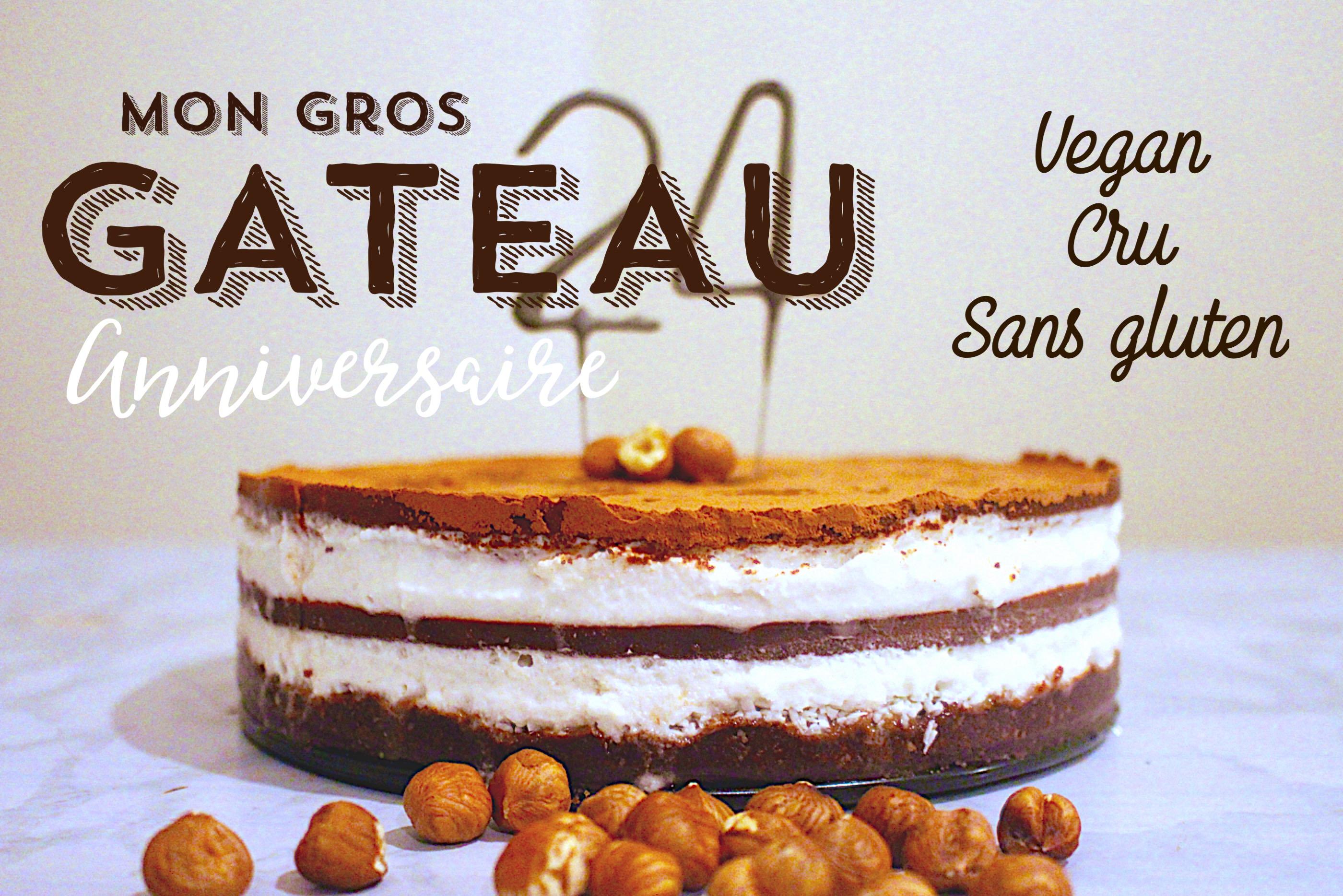 Gâteau d'anniversaire vegan, cru et sans gluten