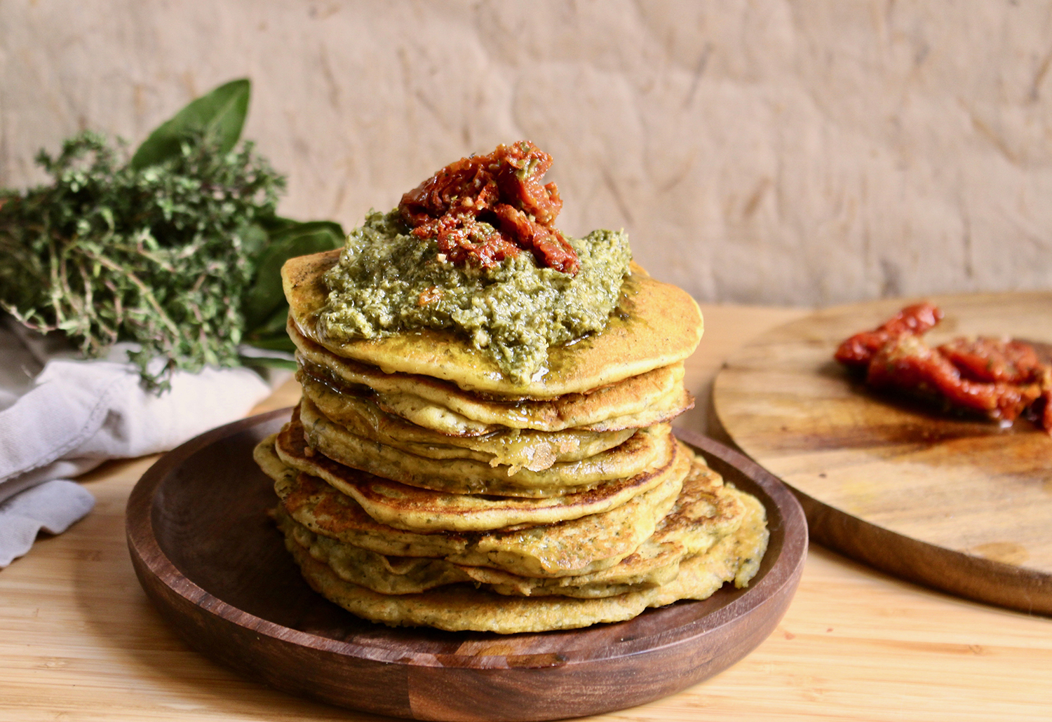 pancakes-vegan-sales-facile-rapide-pesto